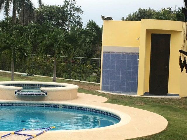 PANAMA VIP10, S.A. Casa en Venta en Coronado en Chame Código: 17-4016 No.8