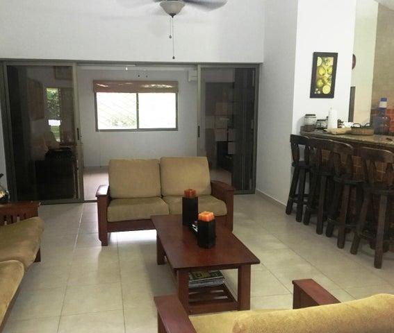 PANAMA VIP10, S.A. Casa en Venta en Coronado en Chame Código: 17-4016 No.2