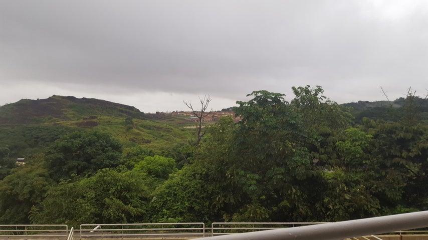 PANAMA VIP10, S.A. Apartamento en Venta en Ancon en Panama Código: 17-4033 No.9