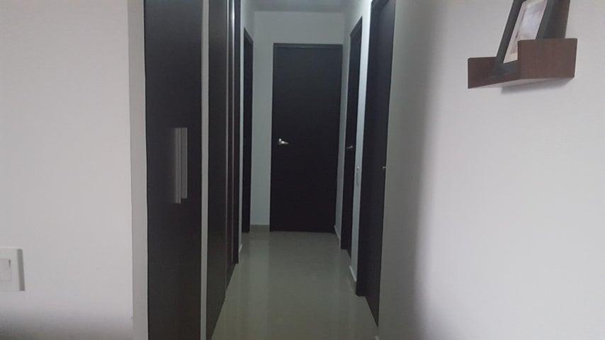 PANAMA VIP10, S.A. Apartamento en Venta en Ancon en Panama Código: 17-4033 No.6