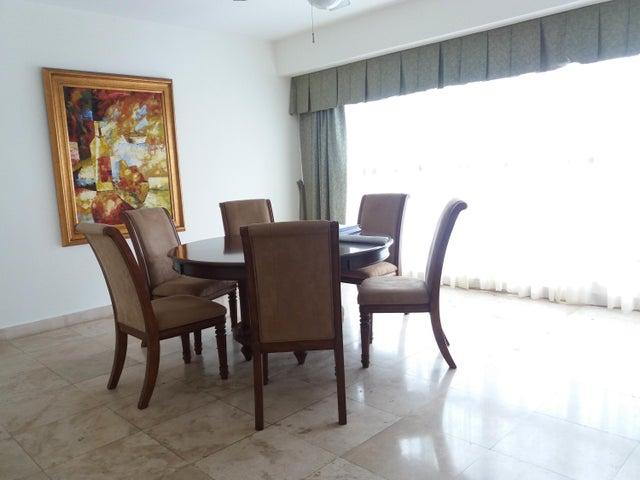 PANAMA VIP10, S.A. Apartamento en Alquiler en Punta Pacifica en Panama Código: 17-4045 No.9