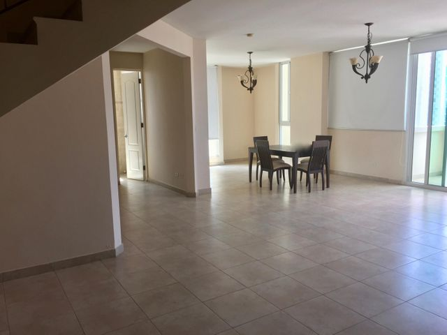 PANAMA VIP10, S.A. Apartamento en Alquiler en Punta Pacifica en Panama Código: 17-4065 No.2