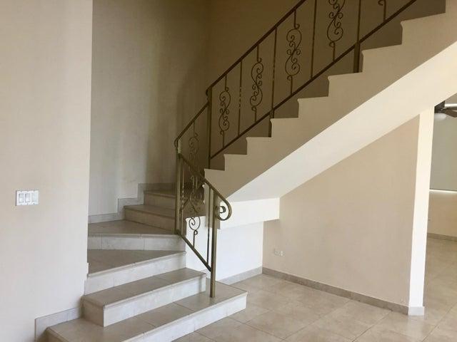 PANAMA VIP10, S.A. Apartamento en Alquiler en Punta Pacifica en Panama Código: 17-4065 No.3