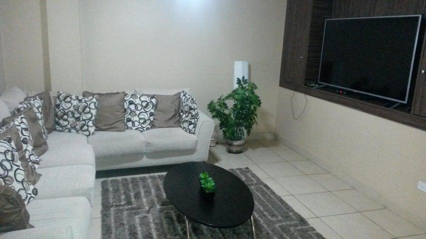 PANAMA VIP10, S.A. Casa en Venta en Altos de Panama en Panama Código: 17-4074 No.5