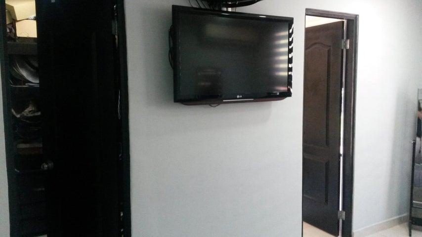 PANAMA VIP10, S.A. Casa en Venta en Altos de Panama en Panama Código: 17-4074 No.9