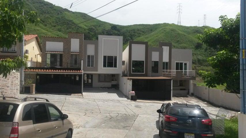 PANAMA VIP10, S.A. Casa en Venta en Altos de Panama en Panama Código: 17-4074 No.1