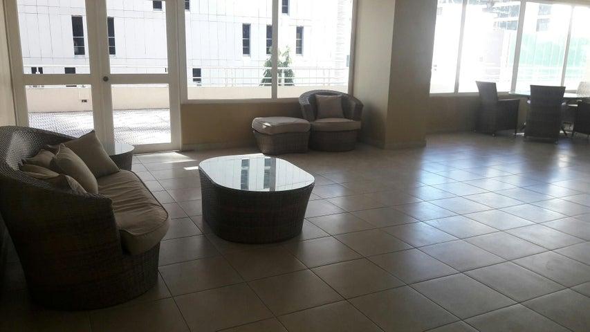 PANAMA VIP10, S.A. Apartamento en Alquiler en Obarrio en Panama Código: 17-4095 No.3
