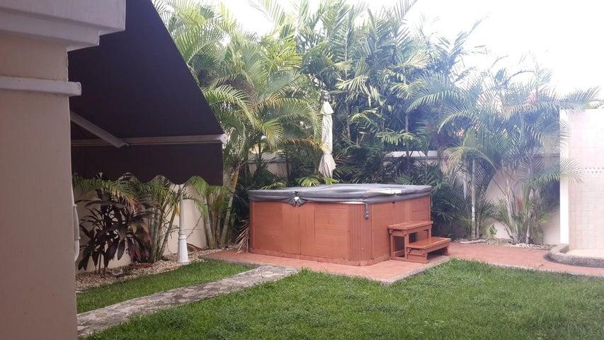 PANAMA VIP10, S.A. Casa en Venta en Costa Sur en Panama Código: 17-4104 No.2
