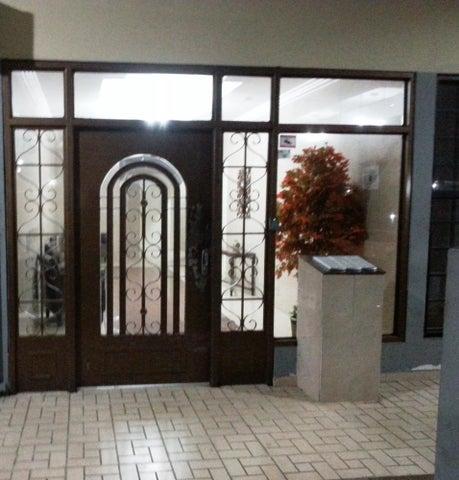 PANAMA VIP10, S.A. Apartamento en Alquiler en 12 de Octubre en Panama Código: 17-4108 No.1