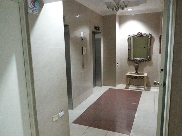 PANAMA VIP10, S.A. Apartamento en Alquiler en 12 de Octubre en Panama Código: 17-4108 No.3