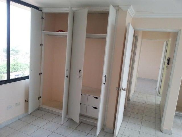 PANAMA VIP10, S.A. Apartamento en Alquiler en 12 de Octubre en Panama Código: 17-4108 No.8