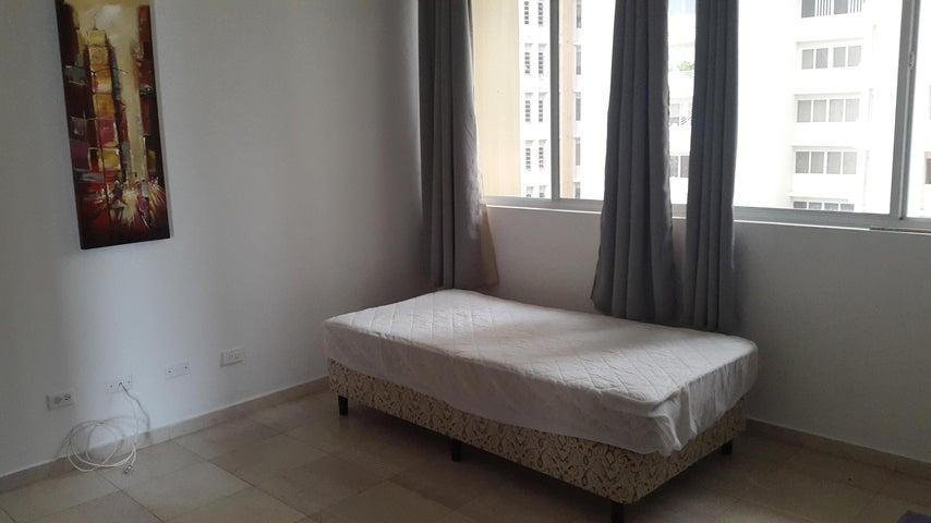 PANAMA VIP10, S.A. Apartamento en Alquiler en El Cangrejo en Panama Código: 17-4110 No.8