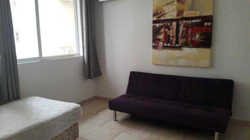 PANAMA VIP10, S.A. Apartamento en Alquiler en El Cangrejo en Panama Código: 17-4110 No.9