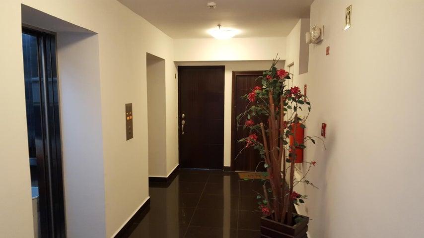 PANAMA VIP10, S.A. Apartamento en Venta en San Francisco en Panama Código: 17-4105 No.3