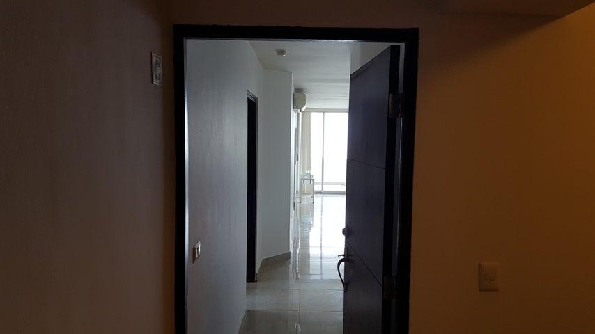 PANAMA VIP10, S.A. Apartamento en Venta en San Francisco en Panama Código: 17-4105 No.4