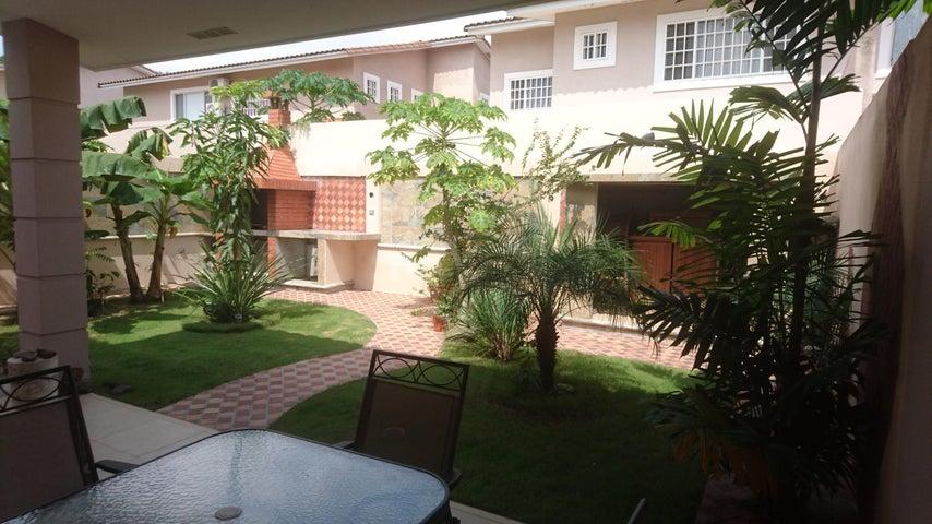 PANAMA VIP10, S.A. Casa en Venta en Brisas Del Golf en Panama Código: 17-4166 No.6