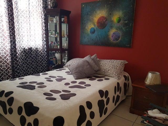 PANAMA VIP10, S.A. Apartamento en Venta en San Francisco en Panama Código: 17-4176 No.9
