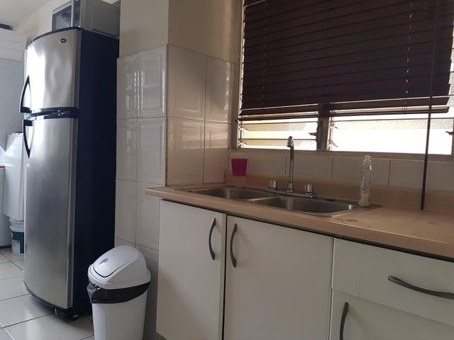 PANAMA VIP10, S.A. Apartamento en Venta en San Francisco en Panama Código: 17-4176 No.8