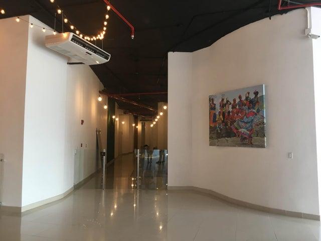 PANAMA VIP10, S.A. Apartamento en Venta en Bellavista en Panama Código: 17-3820 No.7