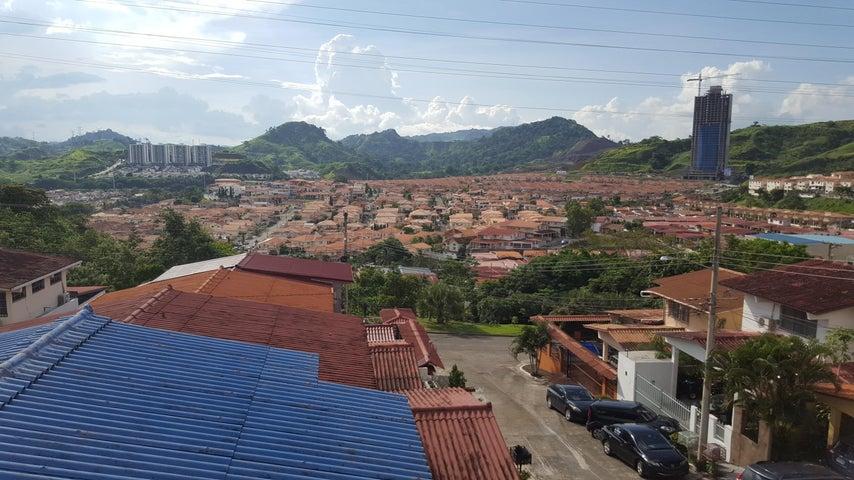 PANAMA VIP10, S.A. Casa en Venta en Altos de Panama en Panama Código: 17-4226 No.5