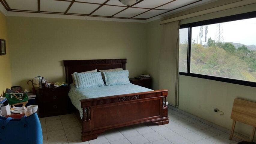 PANAMA VIP10, S.A. Casa en Venta en Altos de Panama en Panama Código: 17-4226 No.6