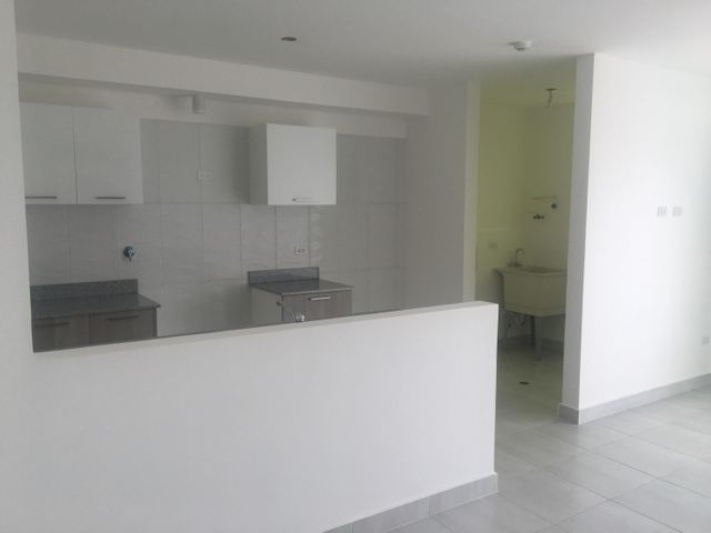 PANAMA VIP10, S.A. Apartamento en Venta en Via Espana en Panama Código: 17-4244 No.7