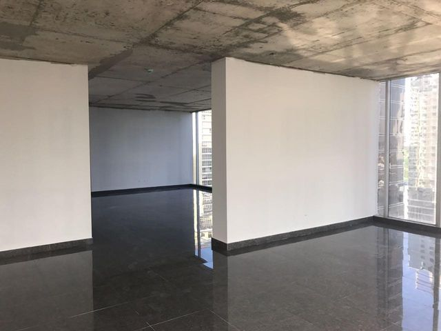 PANAMA VIP10, S.A. Oficina en Venta en Obarrio en Panama Código: 15-2432 No.6