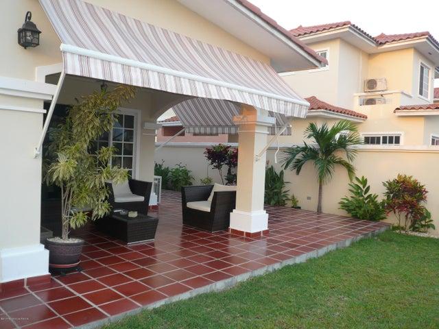 PANAMA VIP10, S.A. Casa en Venta en Costa Sur en Panama Código: 17-4345 No.7