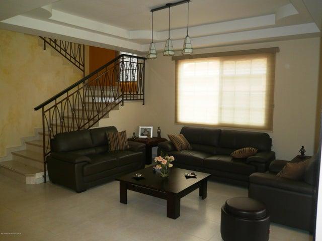 PANAMA VIP10, S.A. Casa en Venta en Costa Sur en Panama Código: 17-4345 No.2