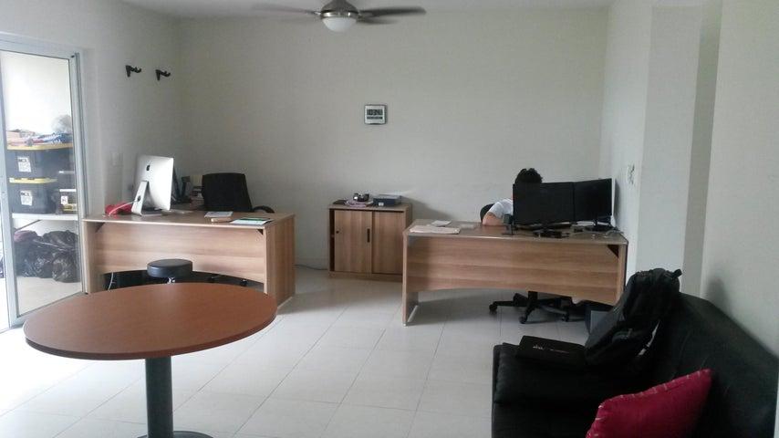 PANAMA VIP10, S.A. Casa en Alquiler en Versalles en Panama Código: 17-4351 No.4