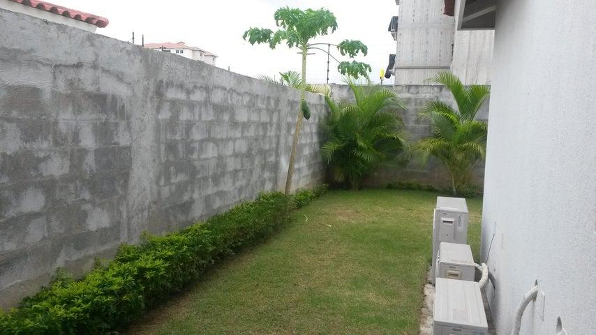 PANAMA VIP10, S.A. Casa en Alquiler en Versalles en Panama Código: 17-4351 No.9
