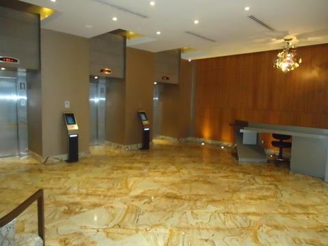 PANAMA VIP10, S.A. Oficina en Venta en Obarrio en Panama Código: 17-4370 No.3