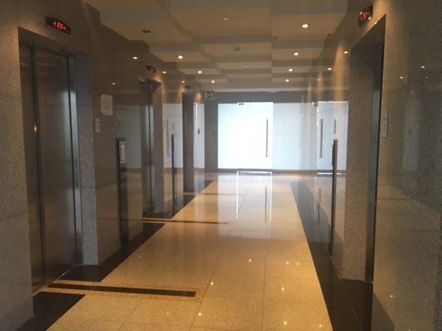 PANAMA VIP10, S.A. Oficina en Venta en Obarrio en Panama Código: 17-4370 No.5