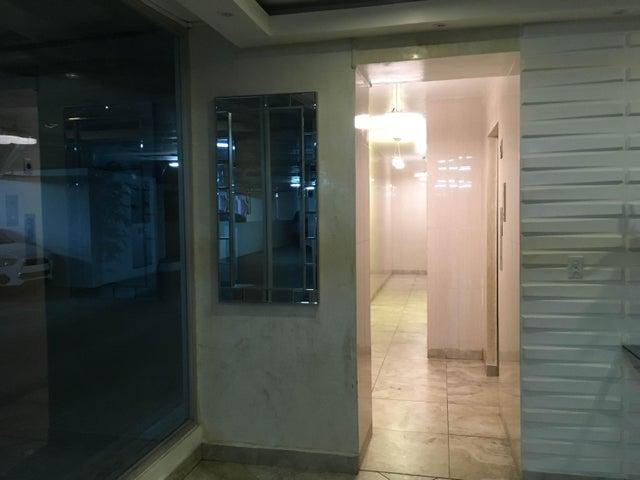PANAMA VIP10, S.A. Apartamento en Alquiler en 12 de Octubre en Panama Código: 17-4372 No.9