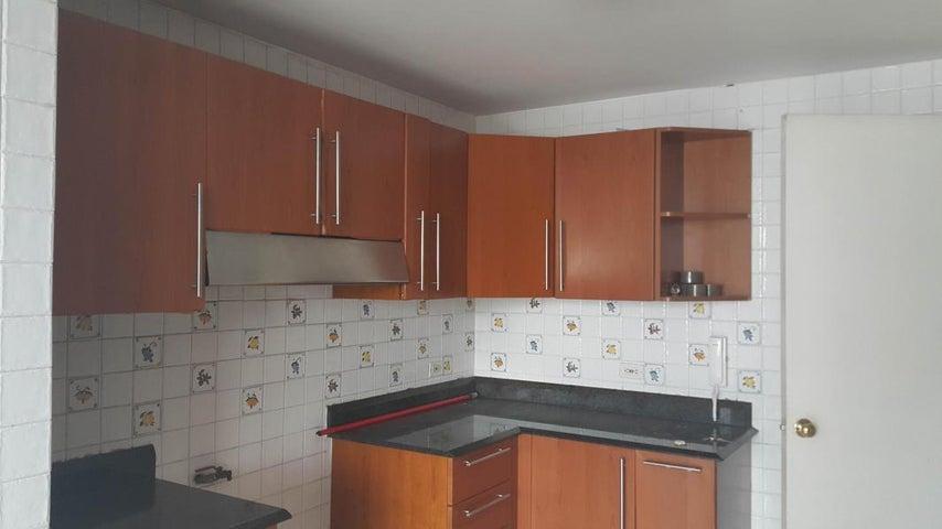 PANAMA VIP10, S.A. Apartamento en Alquiler en Obarrio en Panama Código: 17-4374 No.6