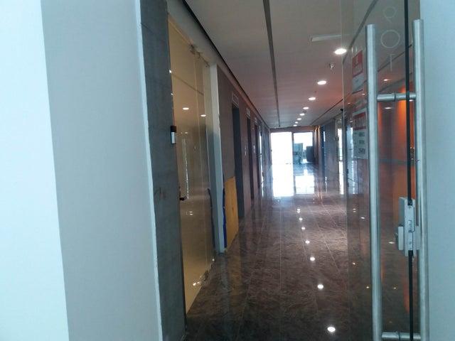 PANAMA VIP10, S.A. Oficina en Venta en Santa Maria en Panama Código: 17-4377 No.3