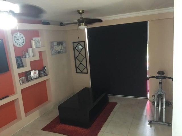 PANAMA VIP10, S.A. Apartamento en Venta en Juan Diaz en Panama Código: 17-4413 No.5