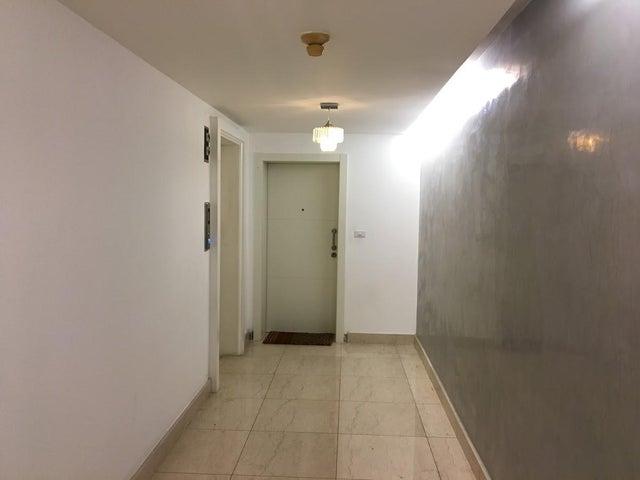 PANAMA VIP10, S.A. Apartamento en Venta en Marbella en Panama Código: 17-4423 No.2