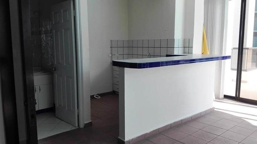 PANAMA VIP10, S.A. Apartamento en Venta en Marbella en Panama Código: 17-4450 No.8