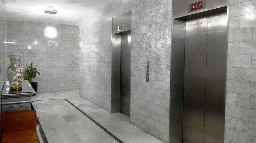 PANAMA VIP10, S.A. Apartamento en Venta en Marbella en Panama Código: 17-4450 No.1