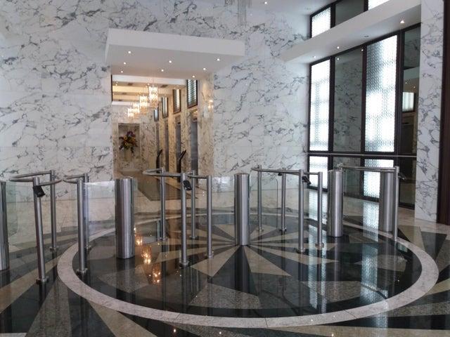 PANAMA VIP10, S.A. Oficina en Venta en Obarrio en Panama Código: 17-4480 No.1
