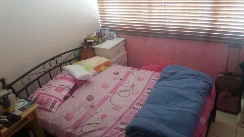 PANAMA VIP10, S.A. Apartamento en Venta en 12 de Octubre en Panama Código: 17-4492 No.9