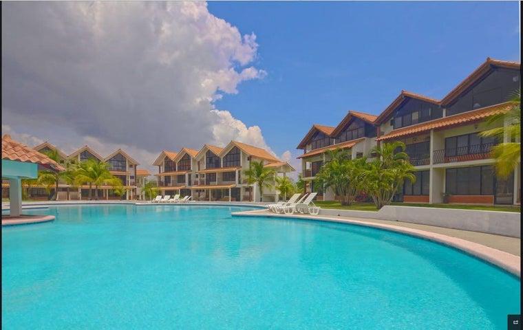 PANAMA VIP10, S.A. Apartamento en Venta en Coronado en Chame Código: 17-4552 No.1