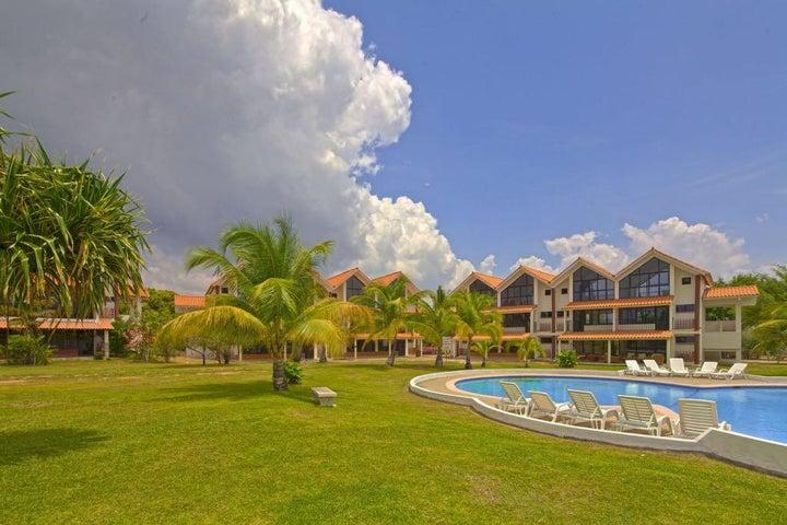 PANAMA VIP10, S.A. Apartamento en Venta en Coronado en Chame Código: 17-4552 No.2