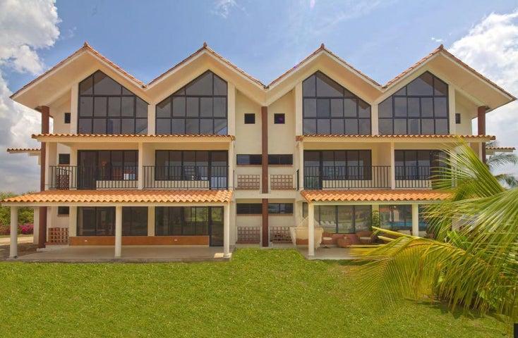 PANAMA VIP10, S.A. Apartamento en Venta en Coronado en Chame Código: 17-4552 No.3