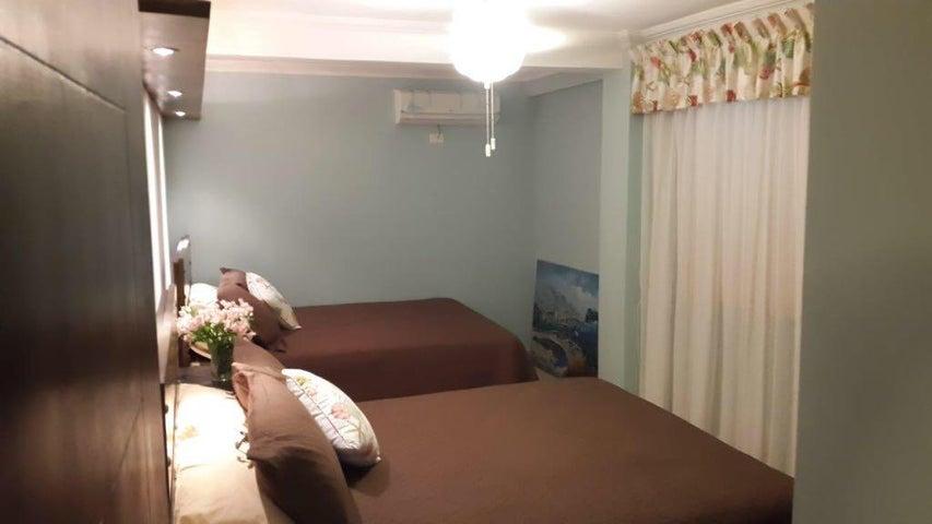 PANAMA VIP10, S.A. Apartamento en Venta en Coronado en Chame Código: 17-4552 No.9