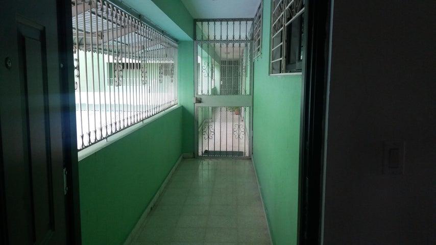 PANAMA VIP10, S.A. Apartamento en Alquiler en Obarrio en Panama Código: 17-4564 No.4