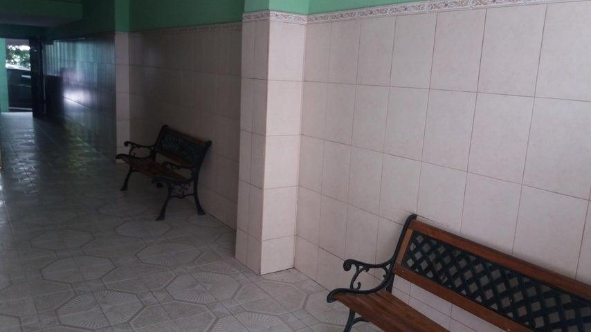 PANAMA VIP10, S.A. Apartamento en Alquiler en Obarrio en Panama Código: 17-4564 No.2
