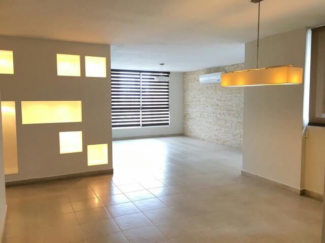 PANAMA VIP10, S.A. Apartamento en Alquiler en El Cangrejo en Panama Código: 17-4614 No.6