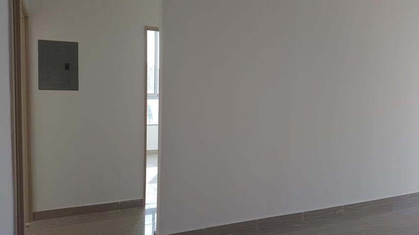PANAMA VIP10, S.A. Apartamento en Venta en El Carmen en Panama Código: 17-4619 No.9